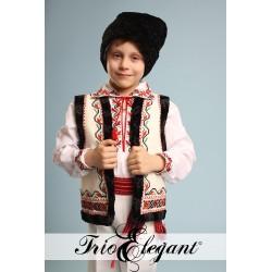 Costum National Moldovenesc pentru baieti 9