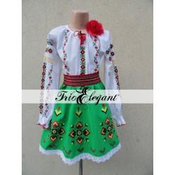 Costum National Moldovenesc pentru fete Nr. 14